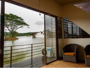 Bolagala Floating Resort